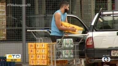 Comércio fica movimentado após Justiça derrrubar decreto que proibia venda de bebidas - Comércio fica movimentado após Justiça derrrubar decreto que proibia venda de bebidas