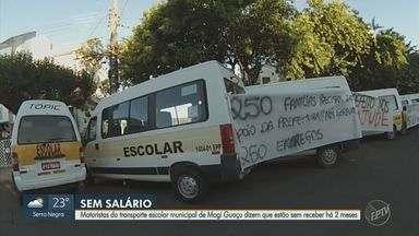 Motoristas de transporte escolar protestam por causa de atraso de salários em Mogi Guaçu - Segundo os organizadores do movimento, os trabalhadores estão sem receber há dois meses.