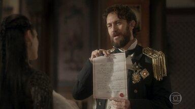 Thomas mostra o registro de Vitória - Anna se preocupa ao ouvir do marido que a menina é oficialmente filha dele