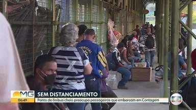 Pontos de ônibus cheios são risco pra população - Bom Dia Minas mostra ponto de embarque e desembarque em Contagem.