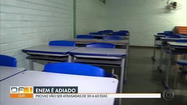 Provas do Enem são adiadas e alunos vão decidir nova data - O Ministério da Educação fez o anúncio do adiamento. As provas serão atrasadas de 30 a 60 dias.