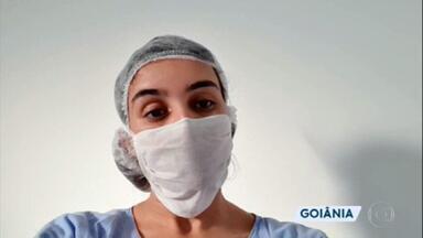 Pandemia do coronavírus impõe dificuldades para profissionais da saúde - Muitos médicos, enfermeiros e técnicos de enfermagem se afastaram de seus familiares, para preservá-los de um possível contágio. Além do grande volume de trabalho, ele estão muito expostos ao risco.