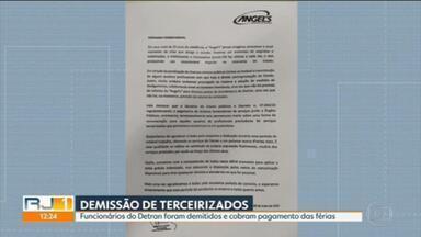 Funcionários terceirizados do Detran são demitidos e cobram pagamento das férias coletivas - Os funcionários cobram o pagamento das férias coletivas.