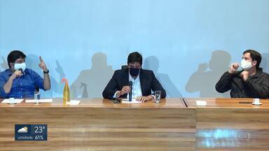 CLDF recua e diz que vai reavaliar proposta para incluir ex-deputados em plano de saúde - Em coletiva de imprensa, Mesa Diretora da Câmara tenta justificar a inclusão dos ex-parlamentares na proposta.