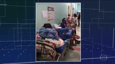 Único hospital de Roraima dedicado a doentes com coronavírus tem leitos lotados - Corredores do Hospital Geral de Roraima estão cheios de pacientes à espera de atendimento.