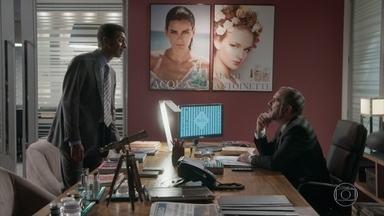 Zé Pedro avisa a Germano que Fabinho já está em casa - O advogado inventiva Germano a tentar se entender com Lili