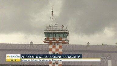 Equipe da Infraero faz vistoria na Base Aérea - Eles analisaram as condições da pista, que será transformada no aeródromo regional.