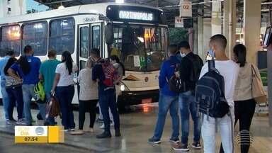 Transporte intermunicipal retoma linhas no Oeste Paulista - Passageiros esperam que itinerários voltem ao normal.