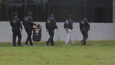 Operação contra tráfico de armas e drogas - Quadrilha que atuava em dois estados foi presa pela Polícia Federal, em Foz do Iguaçu.