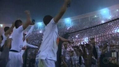 TV TEM exibe final da Libertadores de 2011 neste domingo - Neste domingo (7), a TV TEM exibe a Final da Libertadores de 2011 entre Penharol e Santos. A exibição será a partir das 15h45.