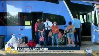 Sesapi faz barreira sanitária e monitora viajantes que chegam pela Rodoviária de Teresina - Sesapi faz barreira sanitária e monitora viajantes que chegam pela Rodoviária de Teresina