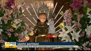 Santo Antônio; amanhã é o dia do santo casamenteiro - Ele também é protetor dos pobres e humildes.