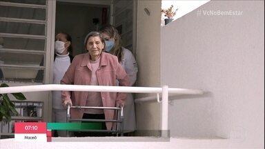 Isolamento preocupa famílias que têm idosos internados em instituições - Geriatra diz que é muito importante que os residenciais para idosos precisam redobrar os cuidados com higiene