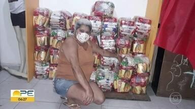 Brasileiros fora do país enviam doações para auxiliar conterrâneos em meio à pandemia - Preocupados com a situação do coronavírus, eles se mobilizaram para ajudar.