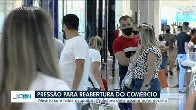 Mesmo com leitos de UTIs ocupados, prefeitura de Goiânia deve reabrir comércio - Os vereadores também apresentaram projeto de lei querendo reabrir os estabelecimentos na capital.