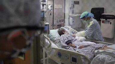 Estudo identifica remédio capaz de reduzir mortes de pacientes graves com coronavírus - Tratamento não apresentou nenhum benefício em pacientes com sintomas leves. O remédio já é usado em alguns hospitais do Brasil.