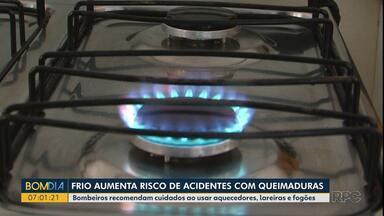 Frio aumenta o risco de acidentes com queimaduras - Bombeiros recomendam cuidados ao usar aquecedores, lareiras e fogões.