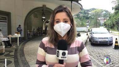 Teste rápido dentro do carro em Petrópolis - Sábado foi de testagem no bairro Quintandinha, apenas para pessoas com sintomas