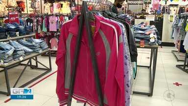 Vendas de roupas de inverno aquecem comércio em Petrolina - Os lojistas estão até surpresos.