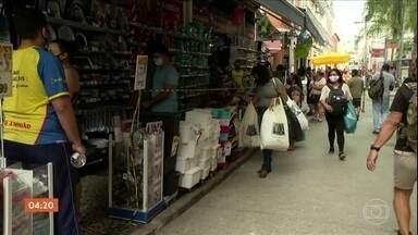 Salões de beleza reabrem no RJ, mas o movimento fica abaixo do esperado - As lojas de ruas também puderam reabrir as portas.