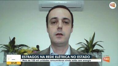 Mais de 160 mil imóveis permanecem sem luz em Santa Catarina após ciclone - Mais de 160 mil imóveis permanecem sem luz em Santa Catarina após ciclone