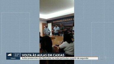 Aulas presenciais serão liberadas na rede particular de Duque de Caxias - Liberação começará a valer a partir da próxima segunda-feira (6); sindicato dos professores é contra a decisão da Prefeitura.