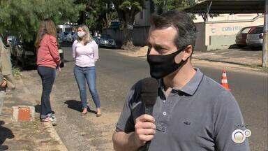 OAB faz campanha do agasalho no sistema drive-thru em Marília - A OAB de Marília está realizando a campanha do agasalho e produtos de higiene e, por causa da pandemia, as doações são feitas no sistema drive-thru.