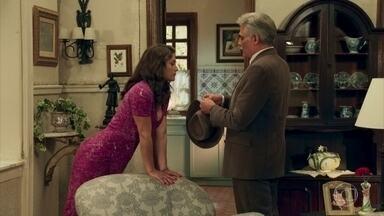 Severo cobra Diana que ela aprenda a cuidar da casa - Braz se enfurece quando a dançarina tenta reproduzir uma receita de sua mãe