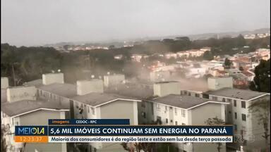 No Paraná, 5,6 mil imóveis continuam sem energia - Maioria dos consumidores é da região leste e estão sem luz desde terça passada