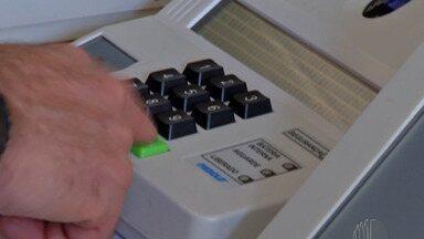 Eleições municipais sofrem alterações por causa da pandemia do coronavírus - Calendário eleitoral já sofreu alteração, mas a rotina dos eleitores também deve mudar neste ano.