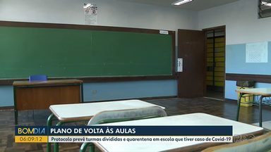 Plano de volta às aulas no Paraná - Protocolo prevê turmas divididas e quarentena em escola que tiver caso de Covid-19.