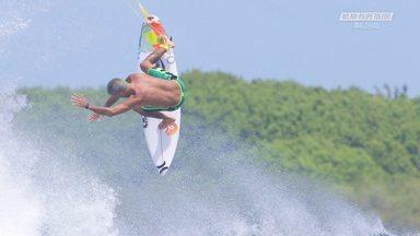 Surfe E Diversão Nas Maldivas - Filipe aproveita as Maldivas para curtir com a família. Ele não perde o foco dos treinos e aproveita as boas ondas para treinar manobras variadas, de tubos a aéreos. O fotógrafo local, Richard Kotch, acompanhou as sessões e garantiu altas fotos.