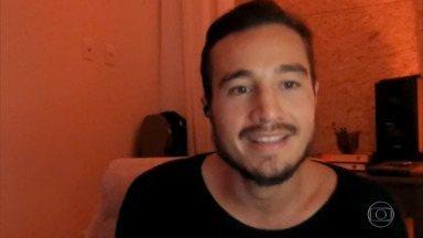 Tiago Iorc comenta desentendimento com empresário da dupla Anavitória - Artista explica que disco traduz seu processo de afastamento e retorno ao mundo. Tiago também comenta sua live durante a quarentena e as ações sociais envolvidas no evento
