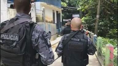 RJ1 - Íntegra 14/07/2020 - O telejornal, apresentado por Mariana Gross, exibe as principais notícias do Rio, com prestação de serviço e previsão do tempo.