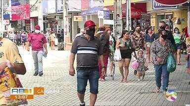 Vejam como as pessoas estão se comportando na reabertura do comércio, em Caruaru - Lojas e shoppings reabriram na segunda-feira (13).