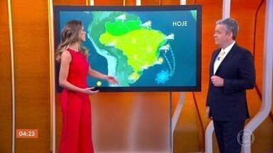 Confira a previsão do tempo para esta sexta-feira (17) em todo o país - As temperaturas devem aumentar no Rio e em SP, sem o vento gelado.