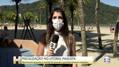 Fiscalização intensa nas praias do litoral paulista - Com calor, movimento nas praias foi grande durante a manhã e guardas tiveram trabalho