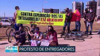 Entregadores de aplicativo fazem protesto no centro de Brasília - Veja outras notícias deste sábado (25).