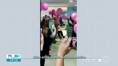 Técnica de enfermagem de Volta Redonda tem alta depois de sete dias internada por Covid-19 - Elaine Cândido, de 55, anos, estava no Hospital do Retiro.