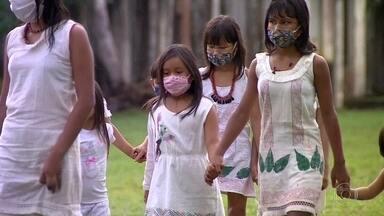 Casos de Covid-19 entre os indígenas triplicou em apenas um mês, diz Ministério da Saúde - No dia 1º de abril, a Secretaria Especial de Saúde Indígena confirmou o primeiro caso de indígena com o novo coronavírus no Brasil. Desde então, a doença tem avançado pelos territórios indígenas do país.