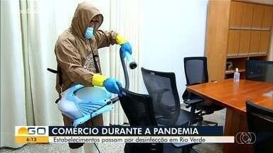 Comércio passa por desinfecção em Rio Verde - Segundo prefeitura da cidade, não há previsão para novo fechamento.