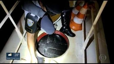 Polícia Rodoviária apreende mais de 9,5 toneladas de drogas - Apreensões foram feitas nas rodovias Castello Branco e Washington Luís no interior do estado. Ao todo, a Polícia encontrou 600 kg de cocaína e 9 toneladas de maconha.
