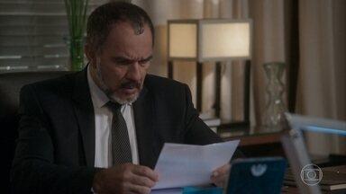 Germano recebe o exame de DNA - Stelinha pede que Eliza suma da vida de Arthur após o concurso. Germano mostra exame de DNA para Carolina