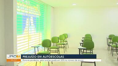 Prejuízo em autoescolas - Durante pandemia, setor analisa queda em 50% no número de alunos.