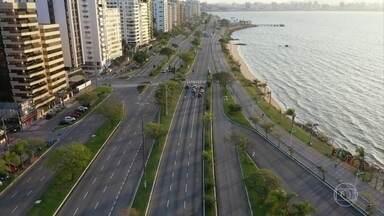 Santa Catarina amplia para 12 regiões do estado as medidas de restrição contra a Covid-19 - Medidas incluem a suspensão do transporte coletivo e da concentração e permanência de pessoas em espaços públicos, como parques e praias.