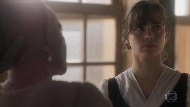 Cecília e Libério conversam com Idalina - Os dois se preocupam com a possibilidade de serem irmãos. Idalina tranquiliza o casal