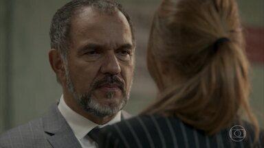 Germano pede que Eliza o chame de pai - undefined