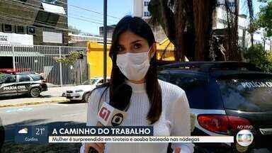 Mulher é baleada a caminho do trabalho - Vítima levou um tiro nas nádegas em Santa Luzia.