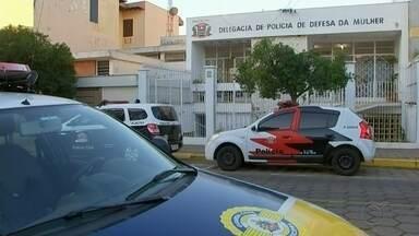 Justiça nega pedido de prisão preventiva de suspeito de abuso a jovem e adolescentes - Segundo a polícia, a Justiça negou o pedido de prisão preventiva contra o suspeito de abusar sexualmente de uma jovem e duas adolescentes, em Tatuí (SP).