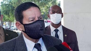 Mourão diz que a solução para o desmatamento é a regularização fundiária - O vice-presidente, que comanda o Conselho da Amazônia, criticou o sistema de satélites do Inpe.